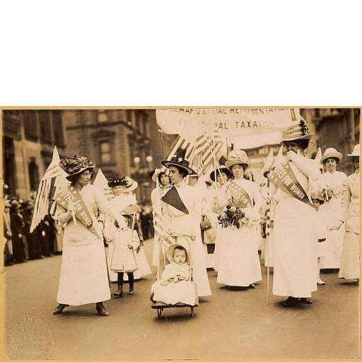 Second generation suffragists parading in 1912